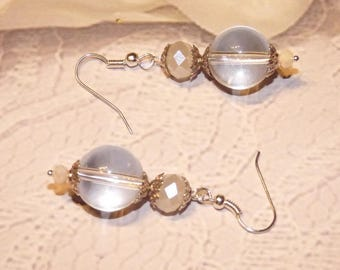 EARRINGS PEARL GLASS BALL WITH DONUTS SWEETIE MATTE WHITE CRYSTAL PEARL HAS REFLECTION