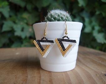 Black and white Miyuki beads earrings