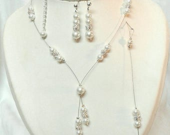 Set 4 pieces necklace bracelet wedding bridal rhinestone and ivory pearls