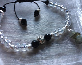 Onyx and Labradorite bracelet