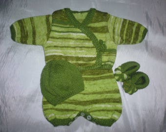 Shades of green birth/3months hand knitted baby set