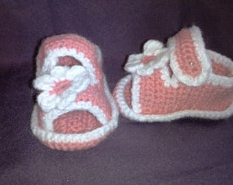 baby Sandals size 0-3 months pink and white