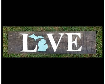 """State """"Love"""" Sign"""