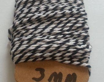 Two-tone black and white Baker Twine cotton string