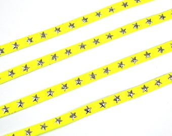 Yellow suede flat cord star 10 mm X 1 meter