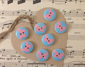 SET OF 8 WOOD BICOLOR BUTTERFLY BUTTONS