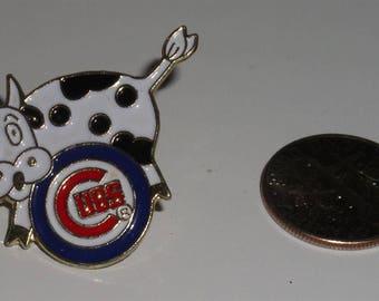 Chicago Cubs Vintage Baseball Cow Cap Hat Tie Necktie Pin MLB