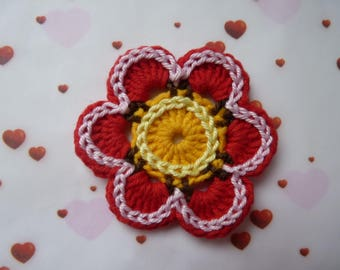 Red flower - crochet applique