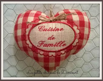 """hanging heart embroidered """"Family kitchen"""""""