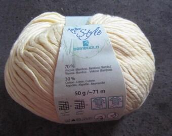 Set of 9 yarn balls - model Bamboolo - light yellow - viscose and cotton