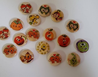Set of 10 buttons wooden Fruits and vegetables