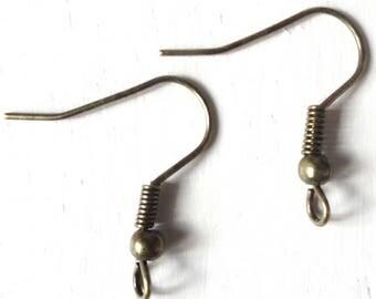 1 pair of earrings ' earrings in bronze metal