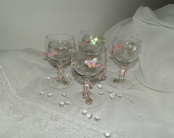 Sets of four glasses with glass balls