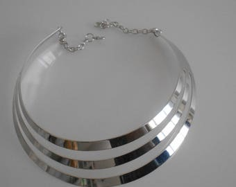 MULTISTRAND, 110 mm x 30 mm silver bib necklace