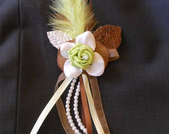 Custom brooch chocolate Bolero / lime green