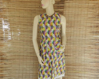 Dress very chic T 36/38 mi-courte fabric and lace and Ankara wax zipper one size fits
