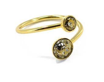 Adjustable gold ring