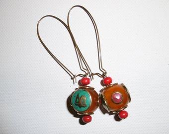 Nepalese earring, amber