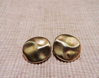 Vintage Hammered Gold Tone Clip On Earrings