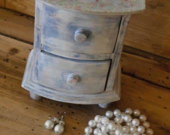 Miniature Dresser / jewelry box shabby chic style
