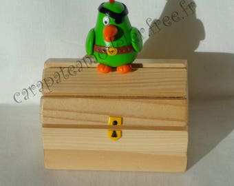Pirate chest Parrot dragees for baptism
