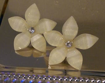 Sparkly White Jewel Flower Stud Earrings