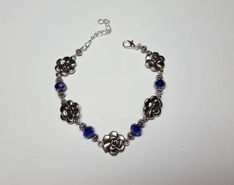 Flowers and blue swarovski crystal bracelet