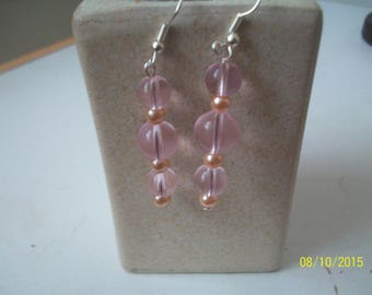 glass bead earrings pink transparent and Pink Pearl