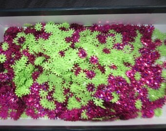 set of confetti flower Fuchsia pink and green