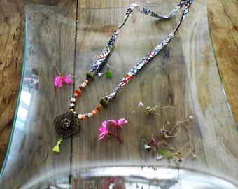 Fun and colorful necklace, geometric patterns, mix of stones and tassel