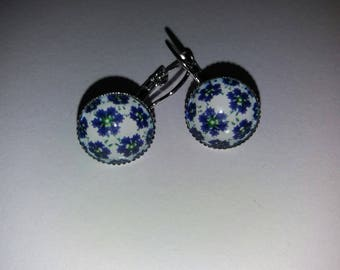 1 liberty floral design glass cabochon earrings