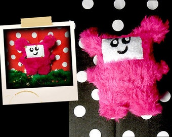 Plush in the shape of little pink monster and hairy APLUCHES