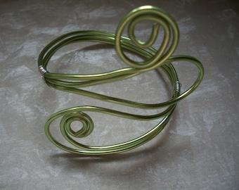 Handmade Green Aluminum Wire Bracelet