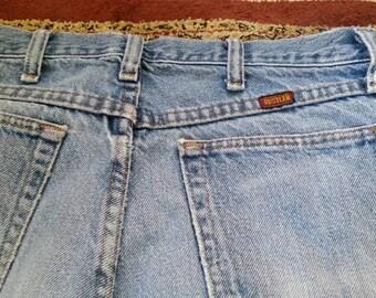 Genuine Rustler straight-leg jeans!