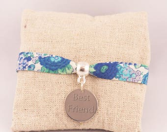 Liberty Elysian medal engraved bracelet - Personalized jewelry