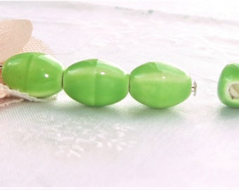 10 beads ceramic porcelain, green aniseed 11 mm x 8 mm large hole 2 mm