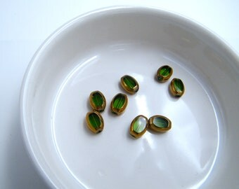 Beads - oval - green transparent glass - gold hoop - sets of 8 beads - hobby - supplies - jewelry by francesca