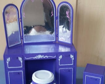 Vintage Barbie vanity / upcycled