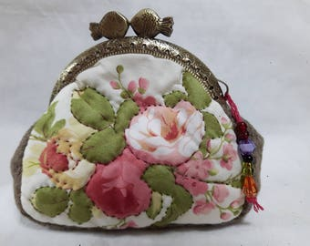 Kiss lock purse, frame purse, coin purse