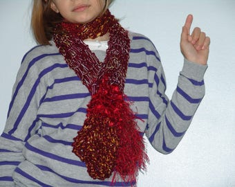 scarf multi-textures in several shades of Red