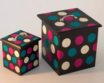 Black boxes with polka dots (two boxes assorted)