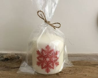 Red snowflake Christmas candle