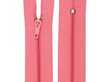 Pink nylon closure size 20 cm