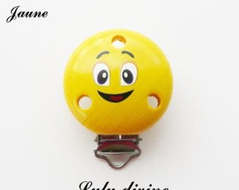 Clamp / Clip in wood, pacifier, buckle, smiley face: yellow