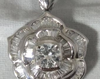 18kt White Gold Diamond Pendant with 1/2ct Round Brilliant Center Stone