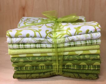 Green This N That fat quarter bundle