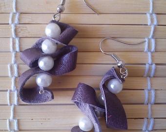 """Earrings """"pearl purple leather fantasy"""""""