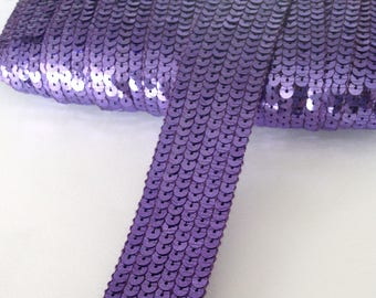 Stripe glitter round sequins PARMA VIOLET on 6 strands sold was cut from 20 cm