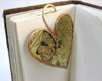 Heart Bookmark: Copper wire & vintage book paper bookmark, love heart bookmark. Unique bookmark - ideal gender neutral gift
