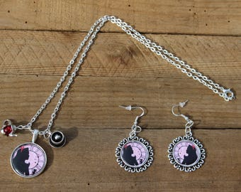 This jewelry set - Alice in Wonderland - necklace + earrings gift